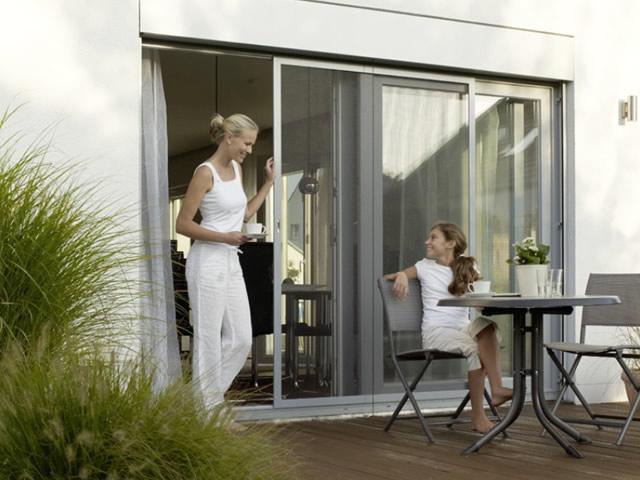 fliegengitter als schiebet r firmengruppe f dwuzet. Black Bedroom Furniture Sets. Home Design Ideas